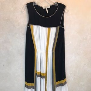 Bcbg Max Adria Runway pleated chiffon dress